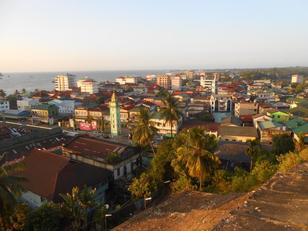 Vue de Myeik, ville côtière au sud de la Birmanie.